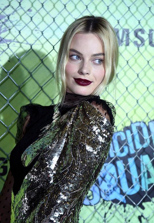 Margot Robbie nechává prince čekat...