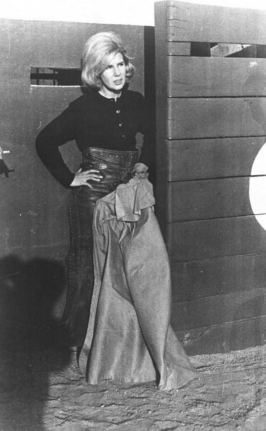 V 60. letech minulého století byla šarmantní dámou.