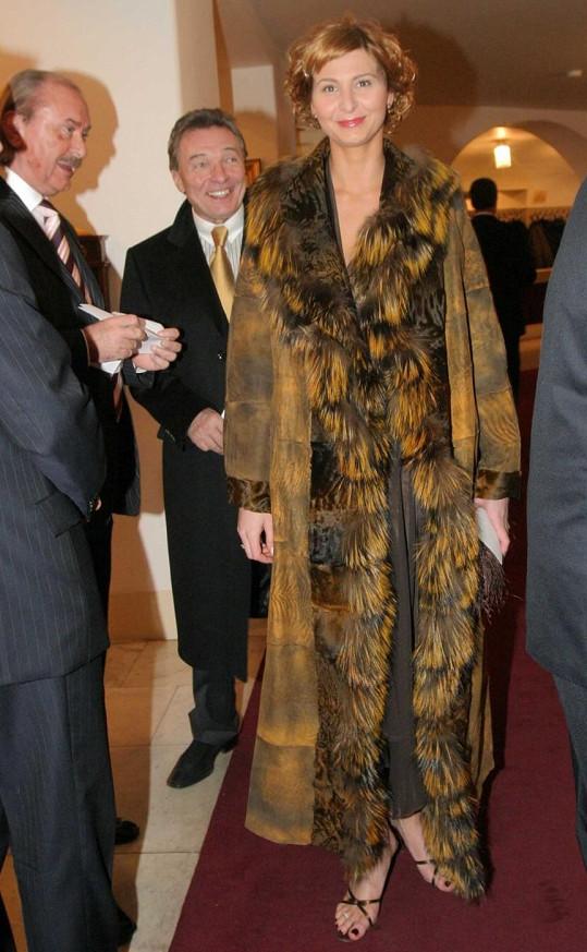 Ivana Gottová to před lety s výběrem šatníku pořádně přepískla.