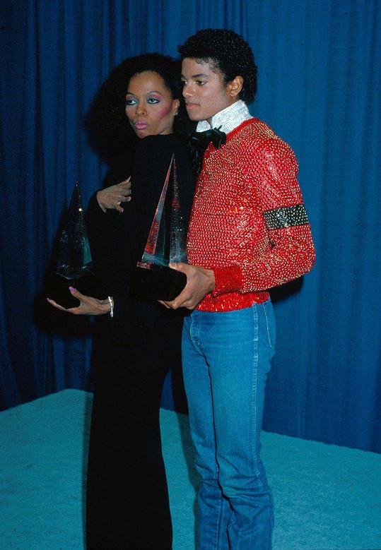 Se svým přítelem Michaelem Jacksonem (✝50). Za zrodem jeho popularity byla právě ona, když pro svět objevila skupinu The Jackson Five v roce 1969.