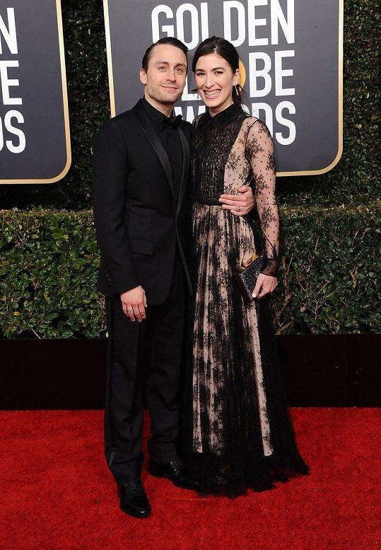 Kieran Culkin s manželkou Jazz Charton na Zlatých glóbech