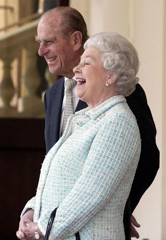 """Philip byl jediným, kdo s královnou jednal jako s """"obyčejným"""" člověkem."""