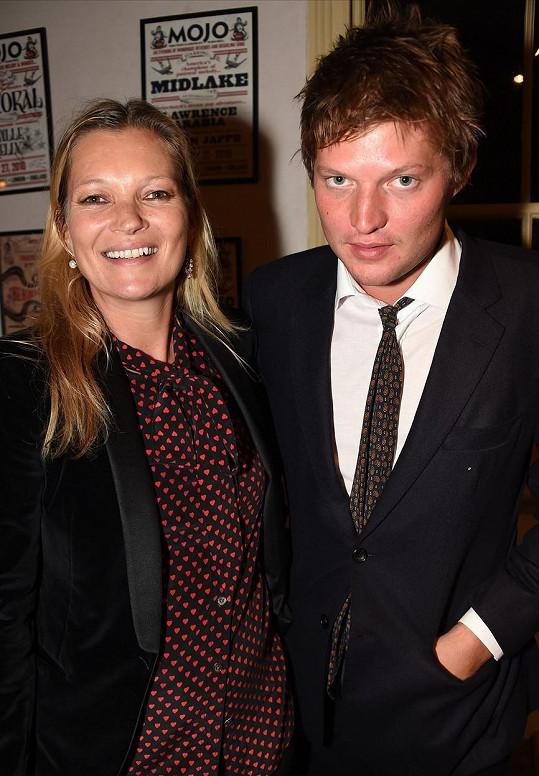 Ještě na začátku září Kate a Nikolai vystupovali jako pár.