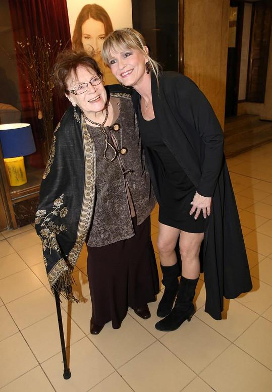 Vladimírova maminka Chantal Poullain (vpravo) s Vlastou Chramostovou