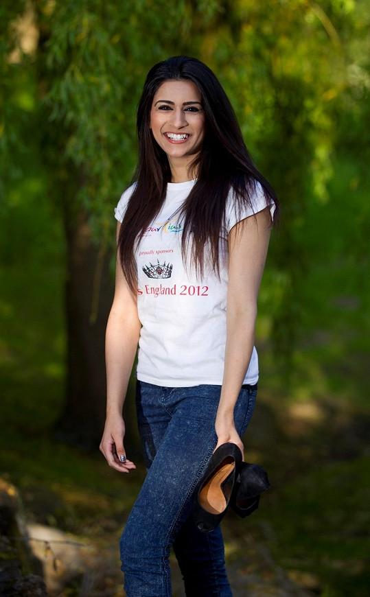 Sympatická brunetka se nakonec finále Miss England nemohla účastnit.