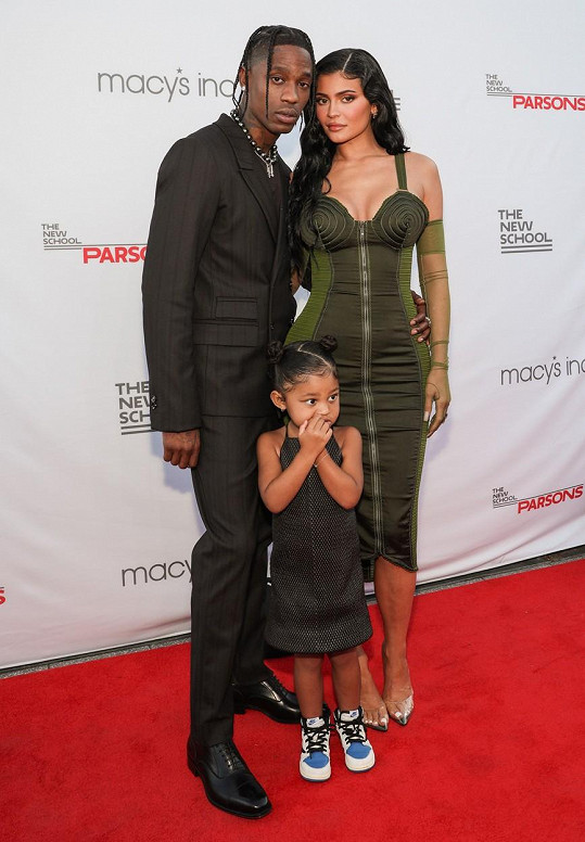 Kylie má s Travisem Scottem dceru Stormi.
