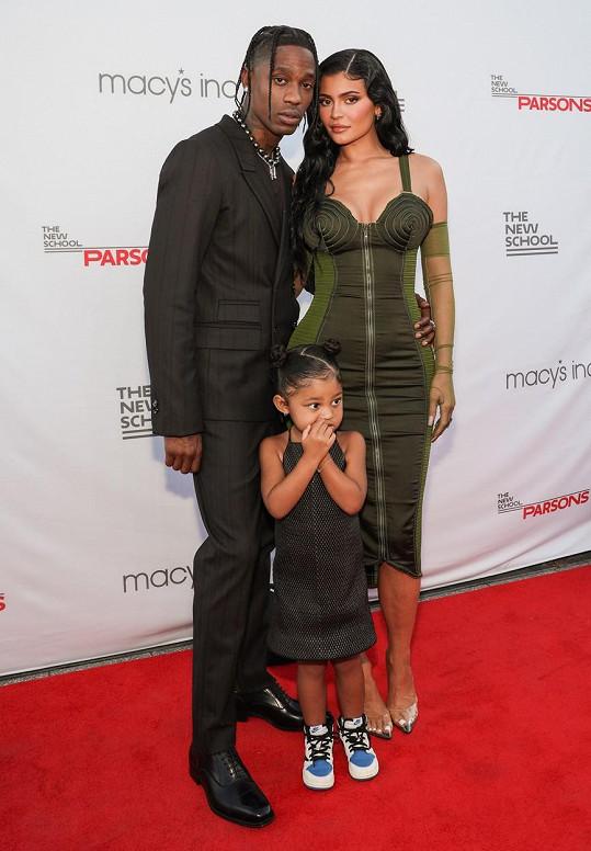 Kylie Jenner s partnerem Travisem Scottem a dcerou Stormi