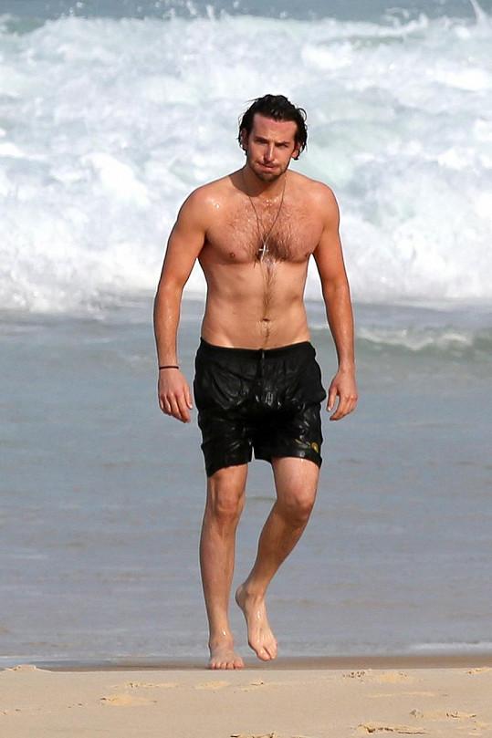 Vlny v Rio de Janeiru daly herci pořádně zabrat.