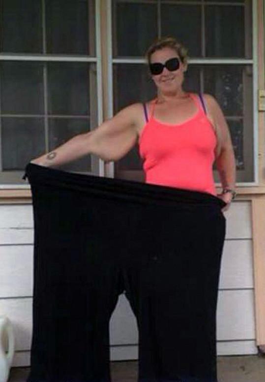 Amber Hart zhubla 110 kilogramů.