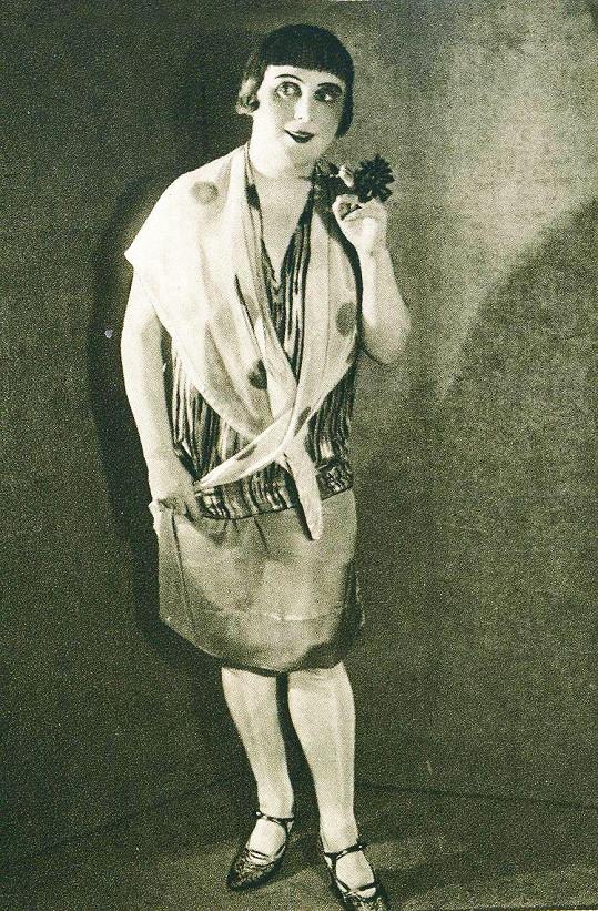 V Národním divadle začínala Baldová rolemi naivek.