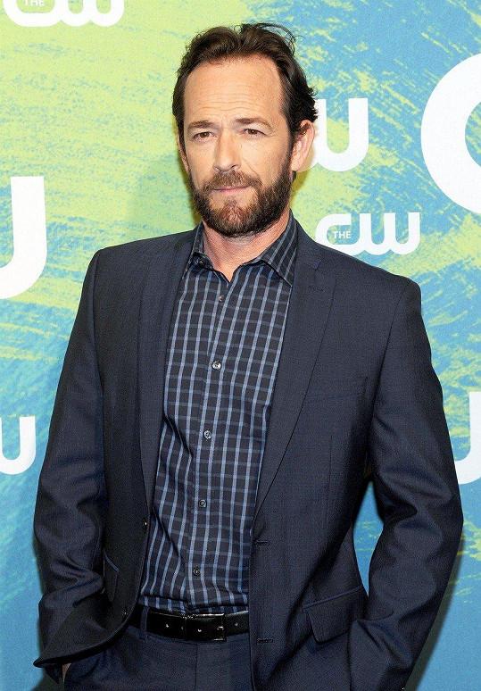 Luke Perry (52) alias Dylan nedávno prodělal mrtvici.