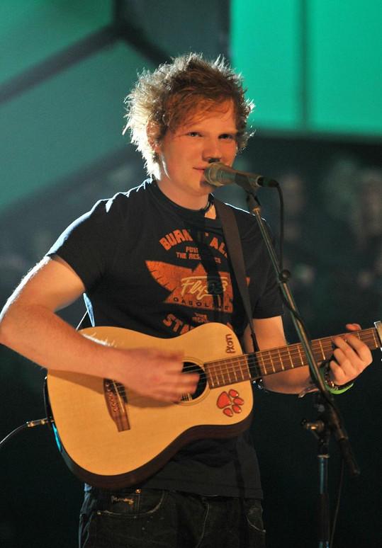 Cesta ke slávě vedla přes překážky, s nimiž se Sheeran zvládl vypořádat.