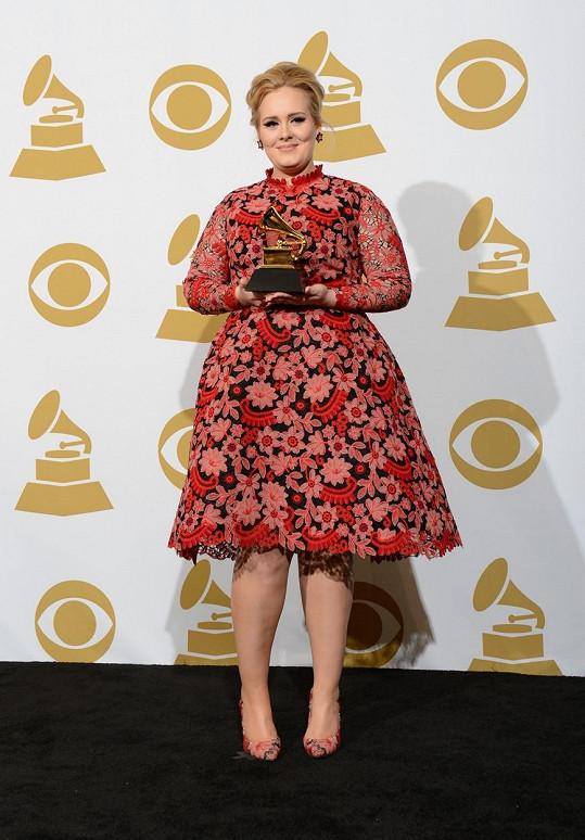 Adele na cenách Grammy v roce 2013