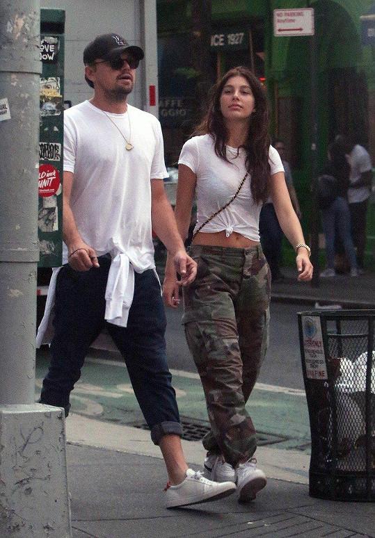 Společně se procházeli po New Yorku.