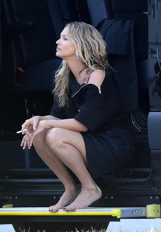 Kate Moss patří k nejznámějším světovým modelkám. Branži se věnuje i z pozice majitelky modelingové agentury.