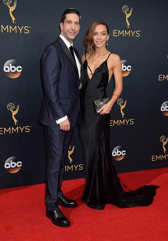 David Schwimmer cenu nedostal, ale po boku manželky jen zářil.