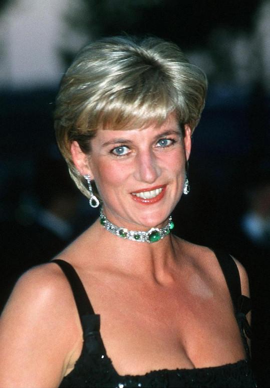 Princezna Diana napsala Burtovi dopis, kde mu děkovala za to, že svým skandálním rozvodem chvíli pomohl od mediálního tlaku na její osobu v době rozvodu s princem Charlesem.