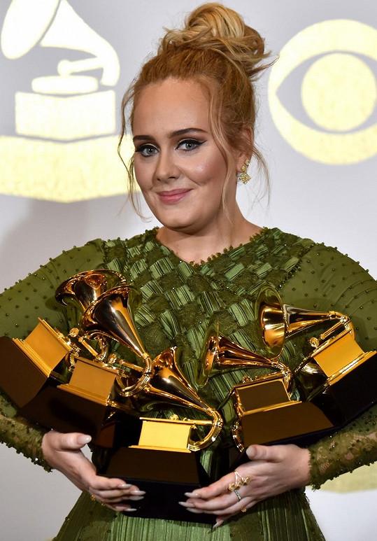 Adele v poslední době výrazně zhubla. Snímek z roku 2017