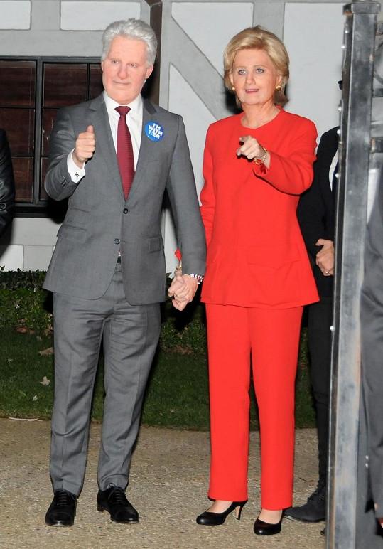 Katy podporuje Hillary už celé měsíce.