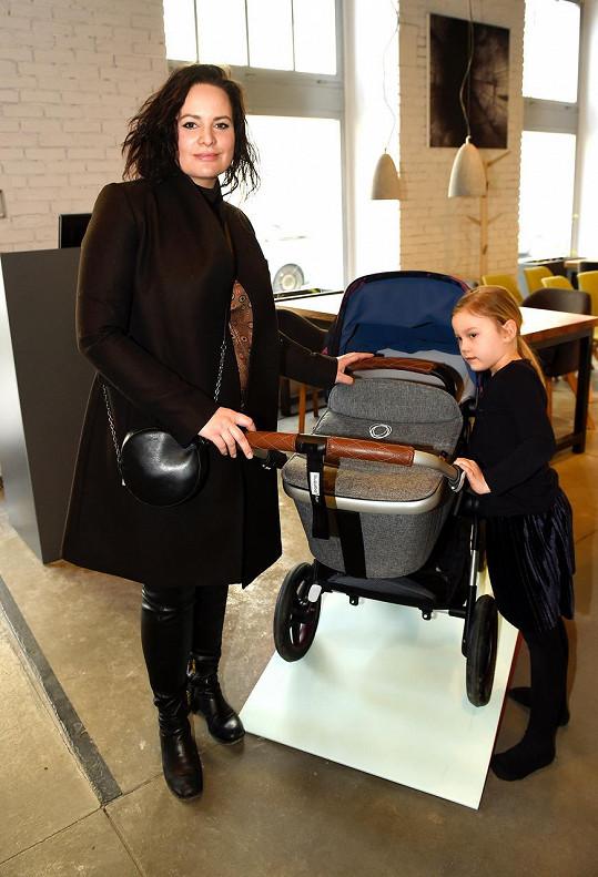 Dcera Elenka se letos dočká sourozence.