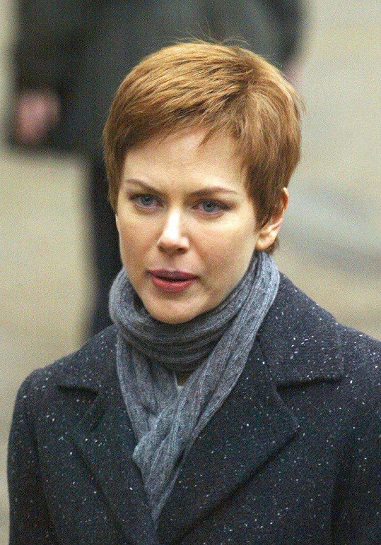Krátké vlasy si vyzkoušela ve filmu Zrození.