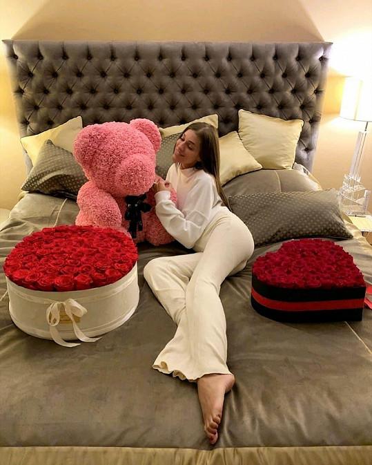 Jasmina Alagič oslavila svátek zamilovaných opravdu velkolepě.