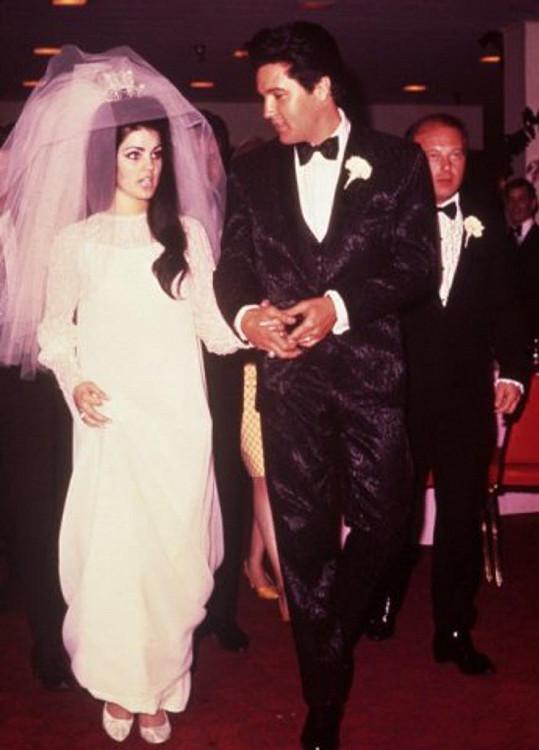 Svatební foto Priscilly a Elvise z roku 1967