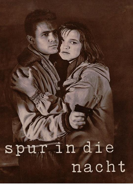 Druhým manželem Jany Brejchové byl Ulrich Thein. Snímek je záběrem z filmu Stopa vede do tmy, vpravo jeho německá herecká kolegyně. Vydrželi spolu rok a Brejchová s ním čekala dítě, o které bohužel přišla.