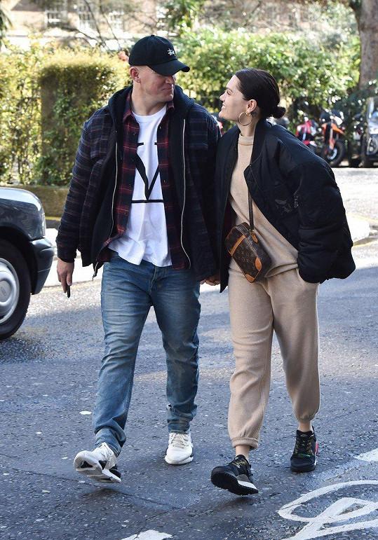 Zpěvačka se svým partnerem Channingem Tatumem
