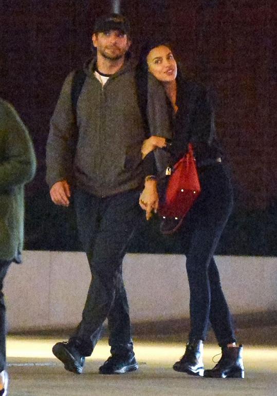 Irina Shayk randí s Bradleym Cooperem