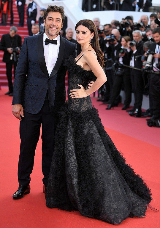 Javier Bardem a Penélope Cruz zahájili festival v Cannes filmem Everybody Knows.