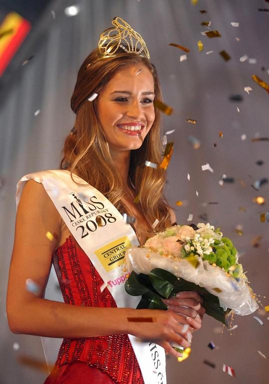 V roce 2008 získala Zuzana Jandová korunku pro královnu krásy.