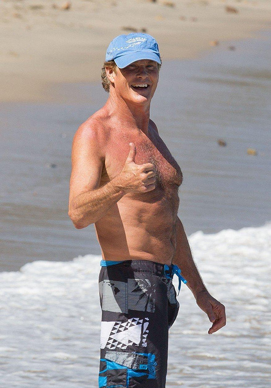 David Hasselhoff je stále ve formě a vloni se znovu oženil.