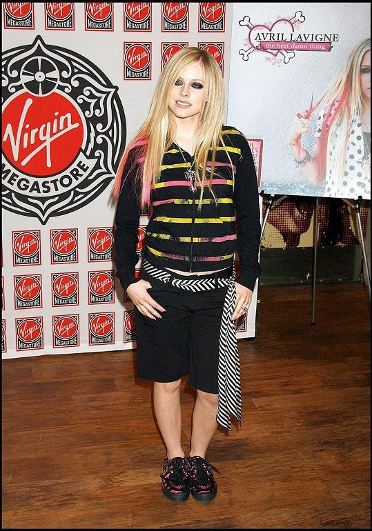 Avril Lavigne v roce 2007 na propagační akci nového alba