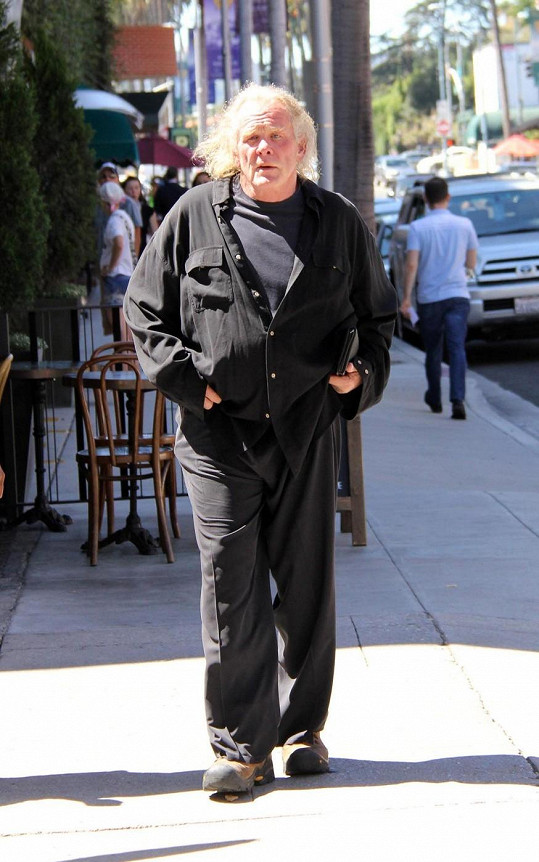 Nick Nolte v Beverly Hills