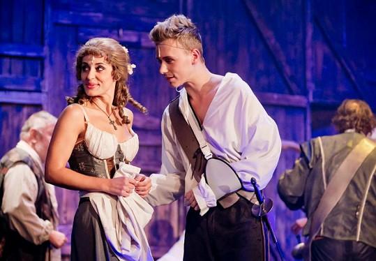 Markéta se po šestinedělí vrací do divadla, kde si zahraje po boku Vojty Drahokoupila.
