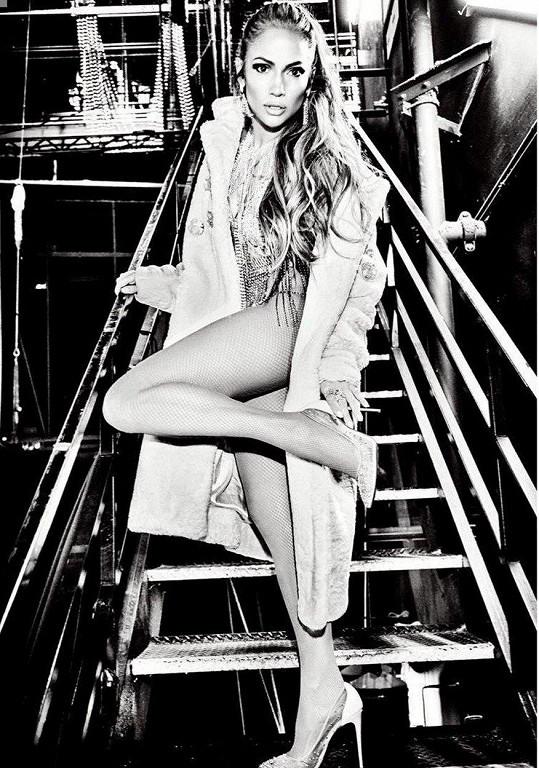 Jennifer Lopez má stále sexy postavičku.