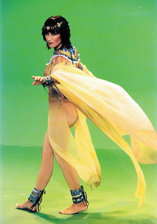 Bára Basiková jako Kleopatra