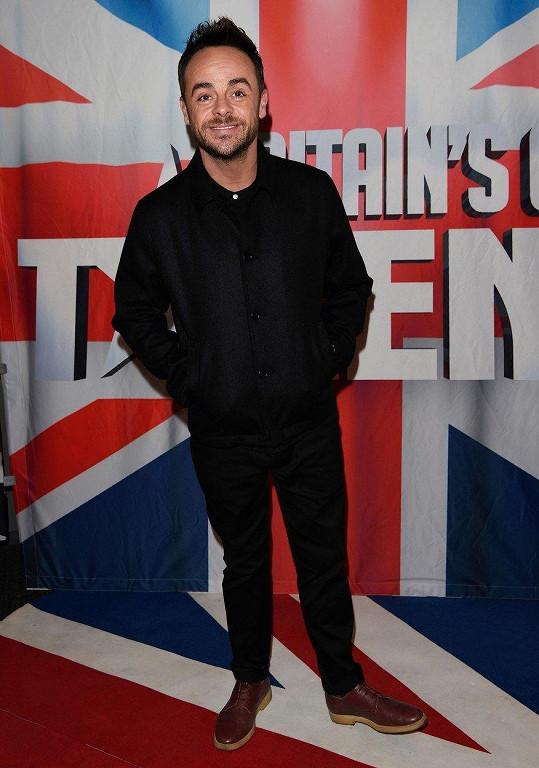 Ant McPartlin je známý jako moderátor britského Talentu.
