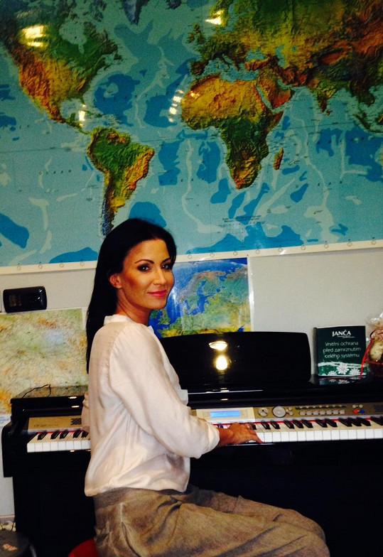 Gábina a její nové piano
