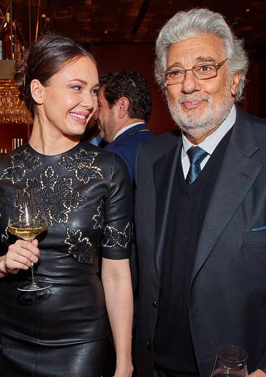 """Sopranistka Aida Garifullina je současnou nositelkou titulu """"Nejlepší ruská operní umělkyně"""". Je též držitelkou první ceny z mezinárodní soutěže operních pěvců Plácida Dominga Operalia."""