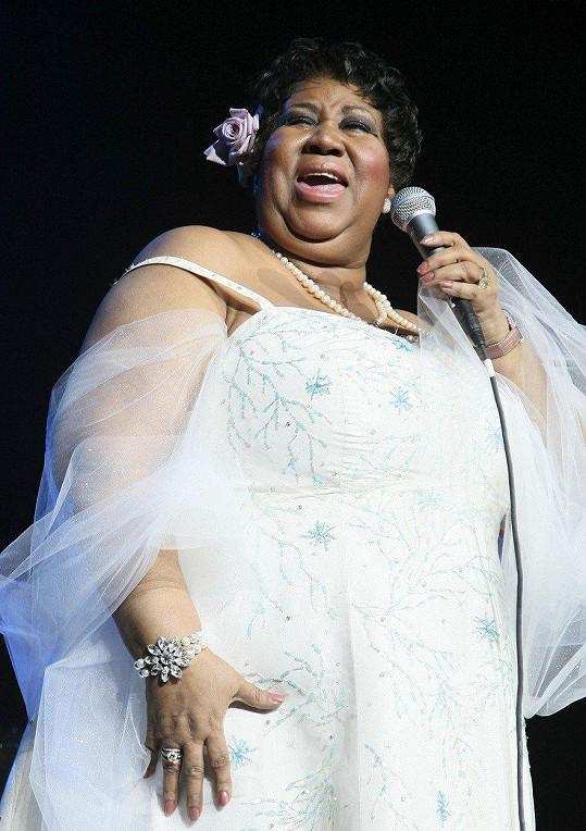 Zpěvačka trpěla obezitou.