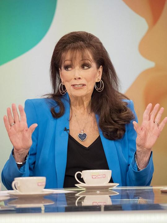V televizním rozhovoru Jackie Collins sršela energií a vtipem.