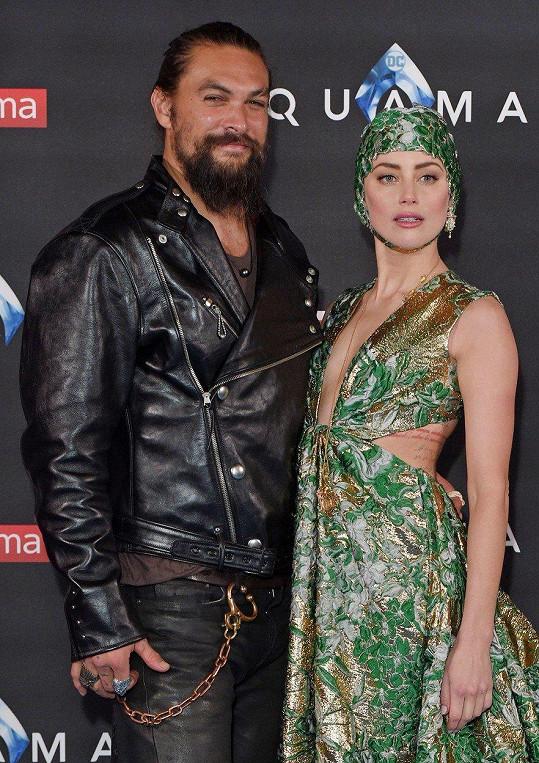 S Jasonem Momoou, který ztvárnil Aquamana.