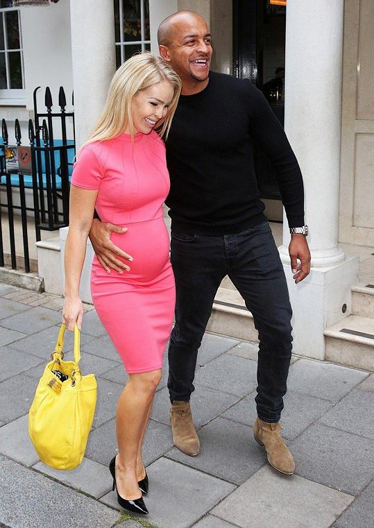 Katie Piper s manželem Richardem Suttonem se těší na další dítě.