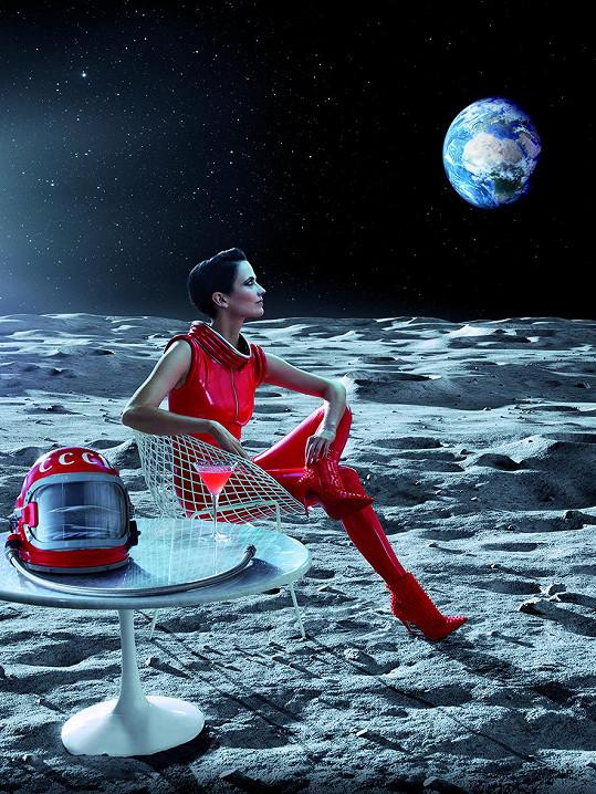 Eva Green je letošní tváří kalendáře Campari.