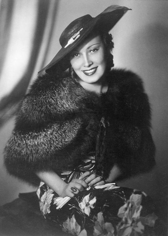 Lída Baarová poprvé stanula před kamerou v roce 1931 a hrála ve třech desítkách českých filmů. Její život i kariéru tvrdě poznamenal blízký vztah ke Goebbelsovi, jehož úmysl kvůli ní se rozvést zastavil až Hitler.