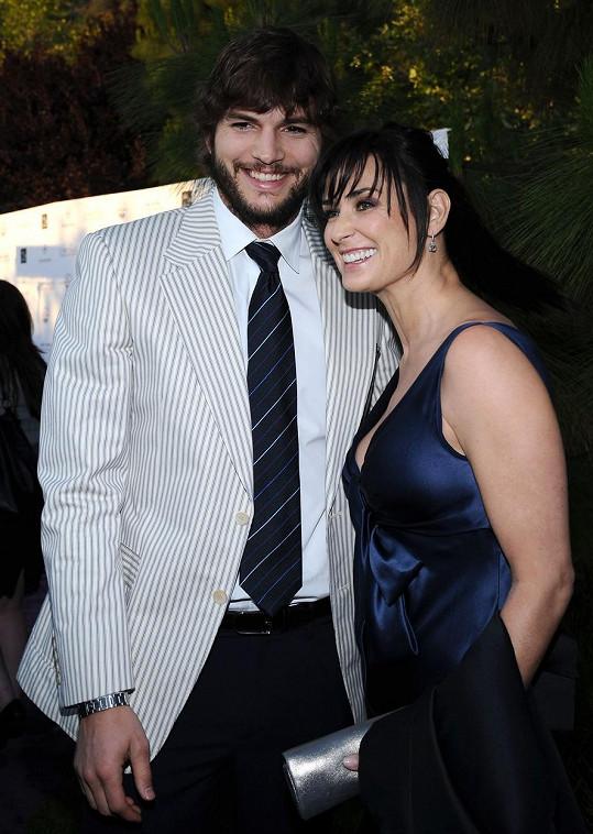 Na paškál si vzala i bývalého manžela Ashtona Kutchera.