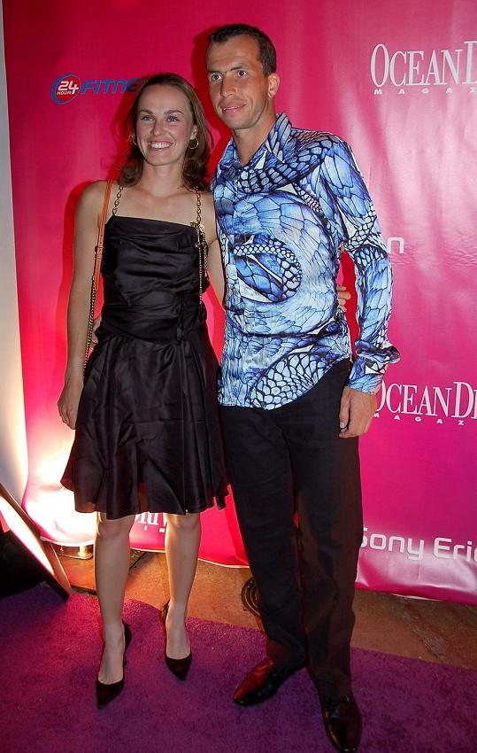 Radek Štěpánek a Martina Hingisová byli zasnoubení. V srpnu roku 2007 ale tenista svatbu zrušil.