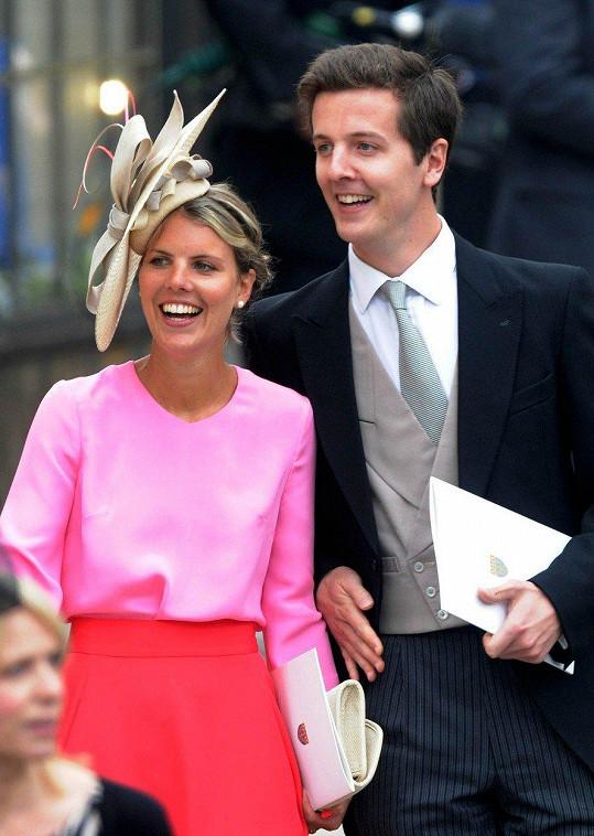 Znají se od studentských let. Virginia s manželem Oliverem nechyběli na svatbě Kate a Williama (2011).